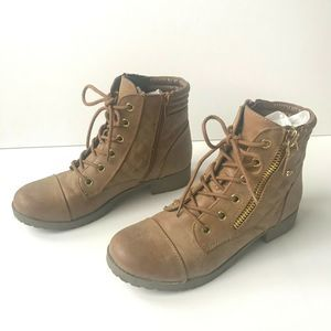 G By Guess Combat Boots Tan Gold Quilted Size 6M
